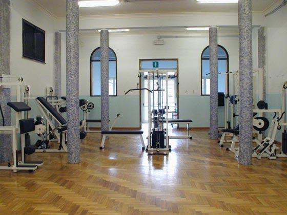 Attrezzi fitness - Piccola palestra in casa ...