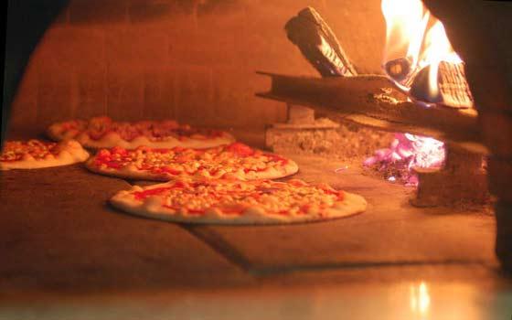 Forni a legna - Forno per pizza da giardino ...
